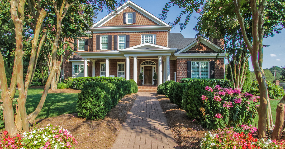Luxury Homes of Knoxville Montgomery Cove West Knoxville